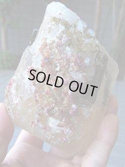 画像1: マルチカラートルマリン結晶付き水晶原石1,037g